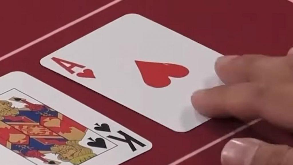 Hustler Casino Live 精彩手牌 Set vs AA vs聽同花